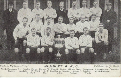 Hunslet Team with the Yorkshire Cup